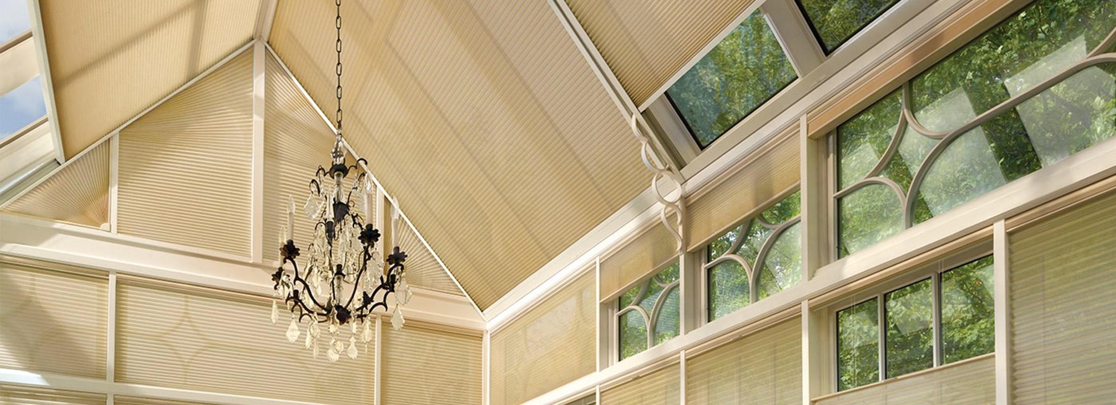 Lee más sobre el artículo Estores para ventanas en el techo